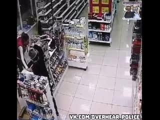В Воркуте, школотрон с игрушечным пистолетом пытался ограбить магазин