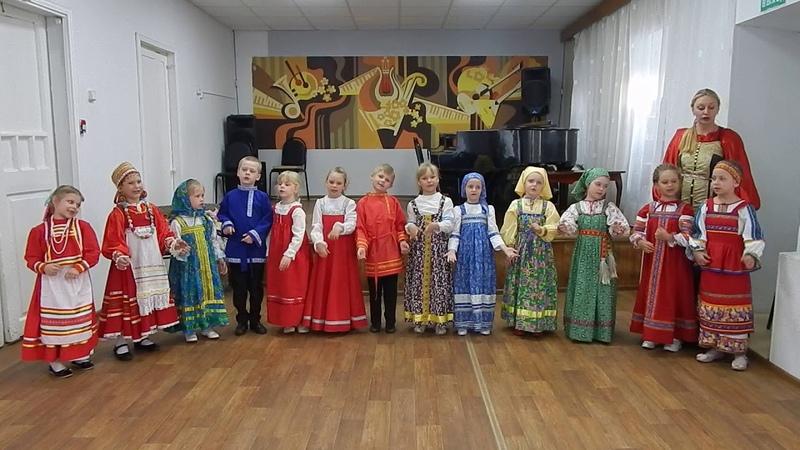Детский фольклорный ансамбль Крупинка (подготовительная группа)