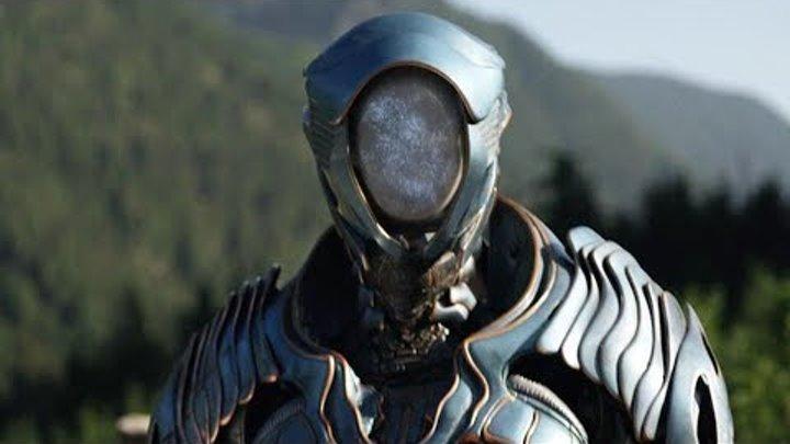В России РУХНУЛ НЛО пришельцев Paнeный инопланетянин пришел в деревню к людям