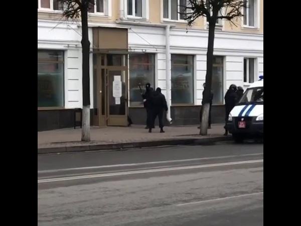 Задержание в аптеке в Барановичах