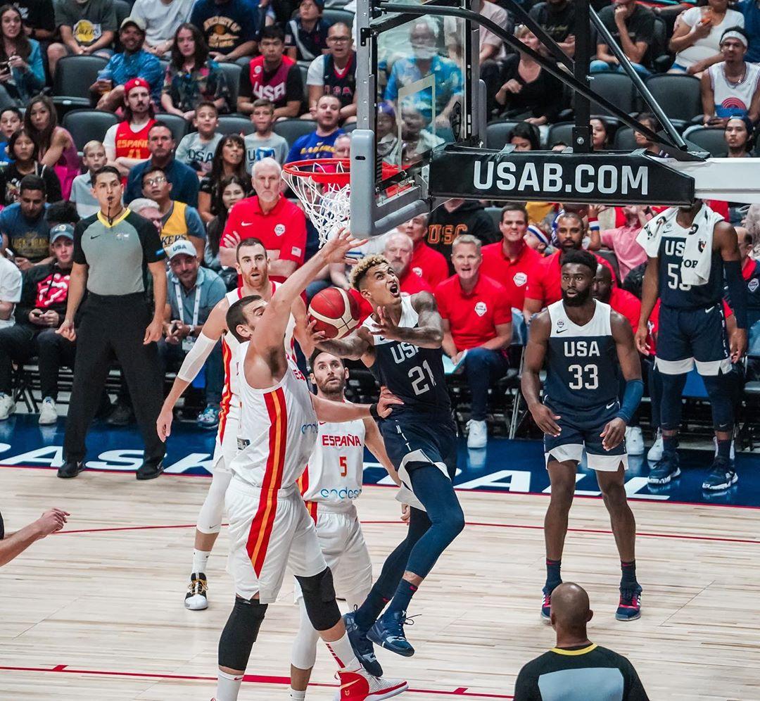 Товарищеский матч. США победили Испанию
