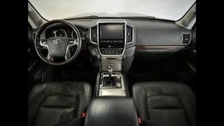 Toyota Land Cruiser 200   AT  4WD 2016 г.