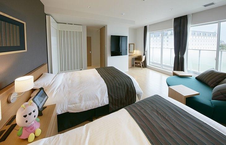 Лучшие отели мира - Henn na Hotel (Япония)
