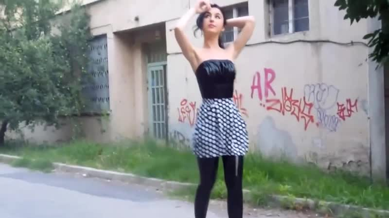 Latex Leggings and Top Combined with Cяя