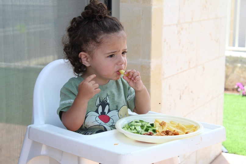 Как накормить ребёнка с гиперкинезами?, изображение №2