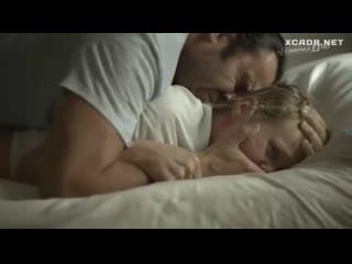 Жесткий перепих в попу(эротическая постельная сцена из фильма знаменитость трахается ,раком))