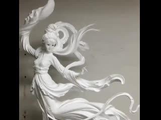 Это просто шедеврально - скульптура из пенопласта -