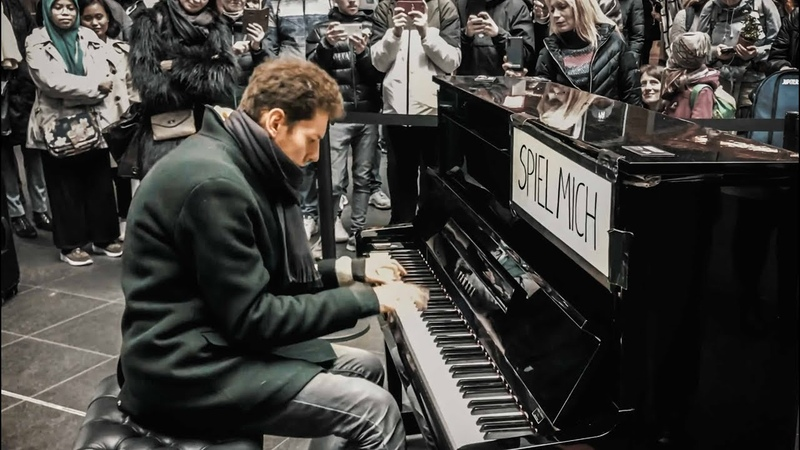 PIANO MEDLEY Pirates Of The Caribbean All Themes at Berlin Main Station THOMAS KRÜGER