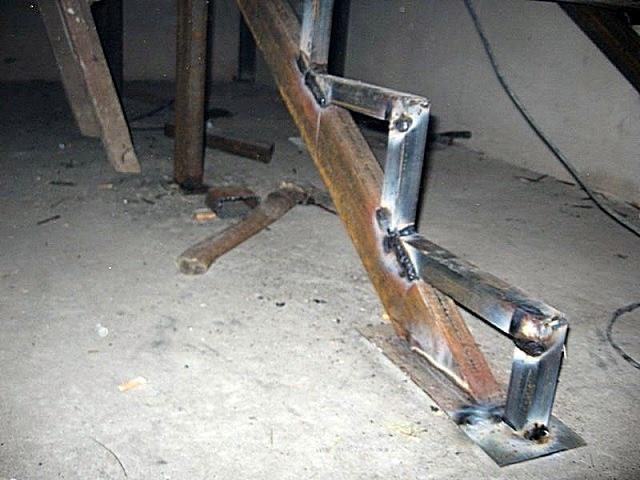 Лестница из профильной трубы своими руками: чертежи и пошаговый монтаж, изображение №16