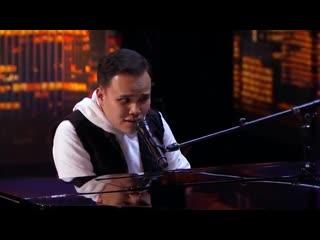 """Слепой музыкант и певец, покорил судей и зрителей на шоу """"Америка ищет таланты"""""""