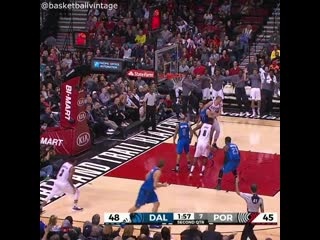 CJ McCollum crossover on Dirk Nowitzki