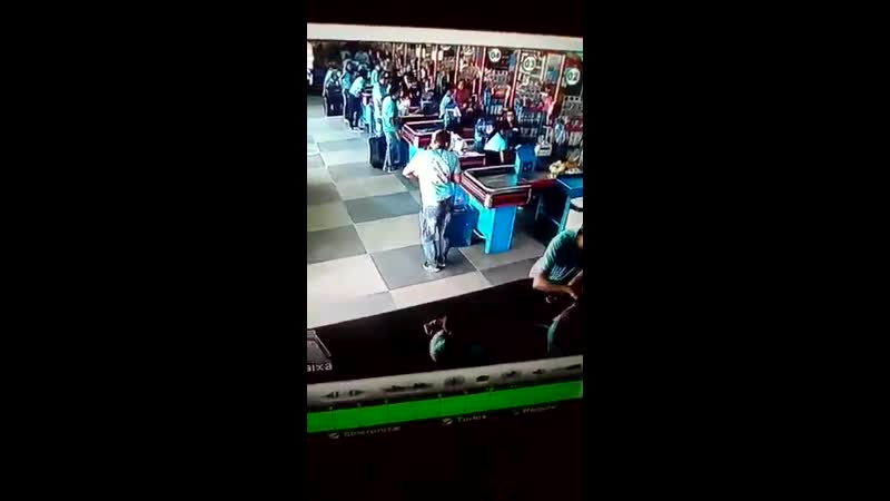 A normal day in a brazilian supermarket