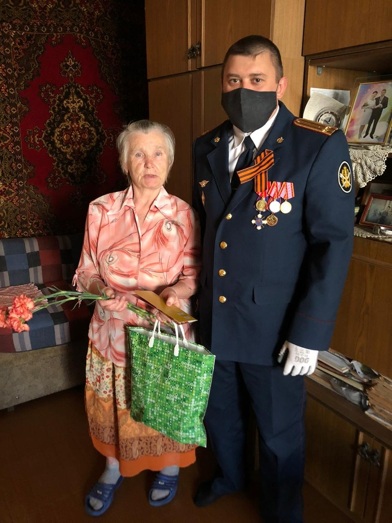 поздравление ветеранов с днем ветеранов уис создадут подарки для
