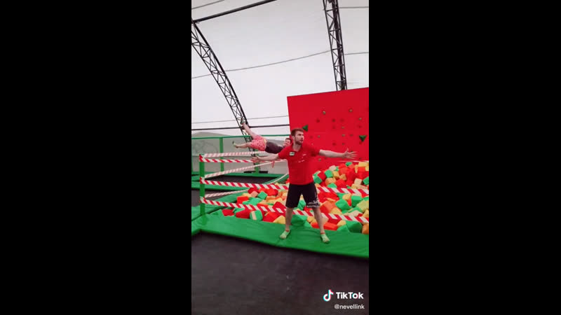 В кубики не прыгаем