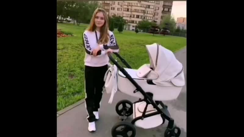 Юля Липницкая родила девочку