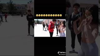Sus freestyle to the hot n*gga beat by Bobby Shmurda