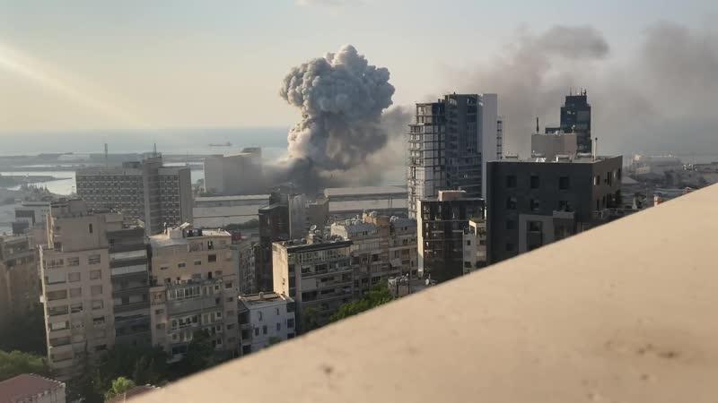 Мощный взрыв в Бейруте замедленная съемка Beirut Explosion in HD and Slow Motion