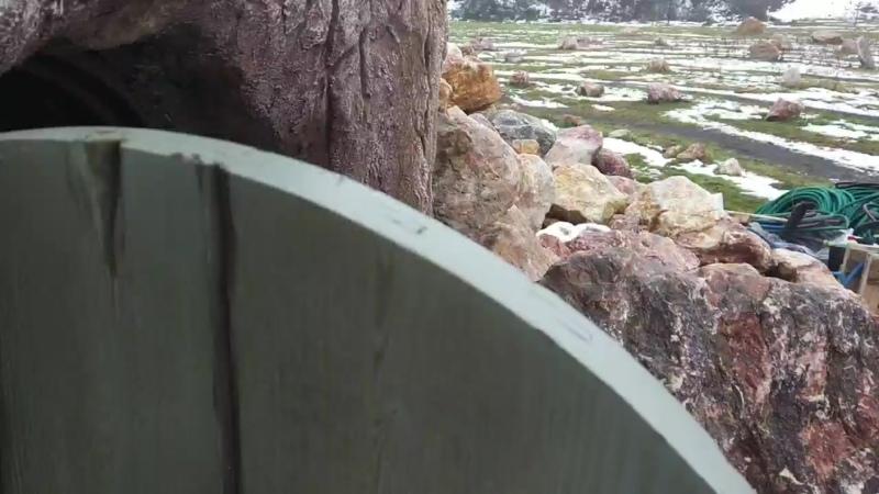 По ту сторону двери пещеры mp4