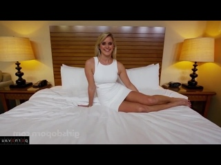 Do porn threesome girls Girls Do