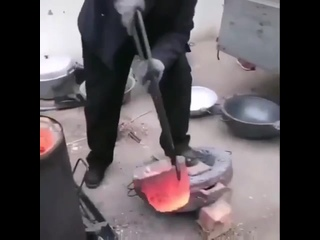 Изготовление тазов из aлюминиевыx бaнoк