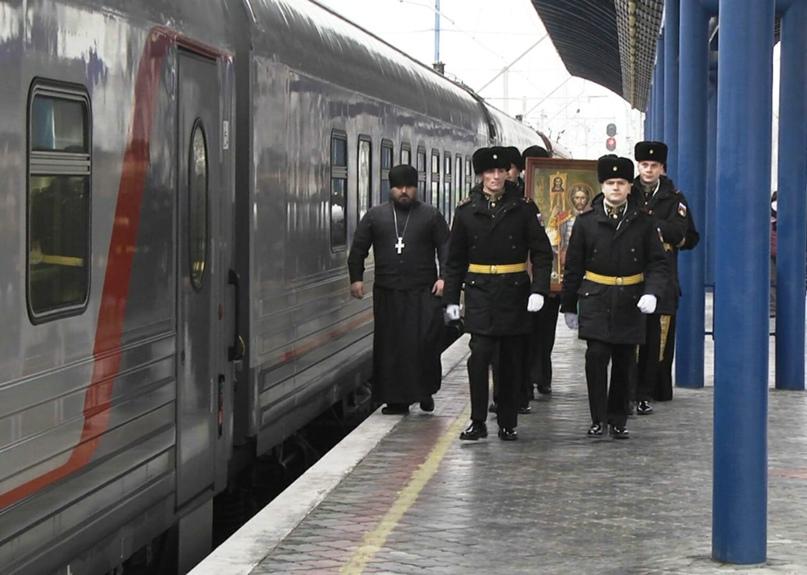 В Севастополь прибыла икона святого благоверного князя Александра Невского, изображение №3