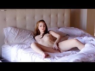 CHEALSEA   Sex  Beauty 18+ Софи Тернер мастурбирует (Санса Старк Игра Престолов) голая порно фейк