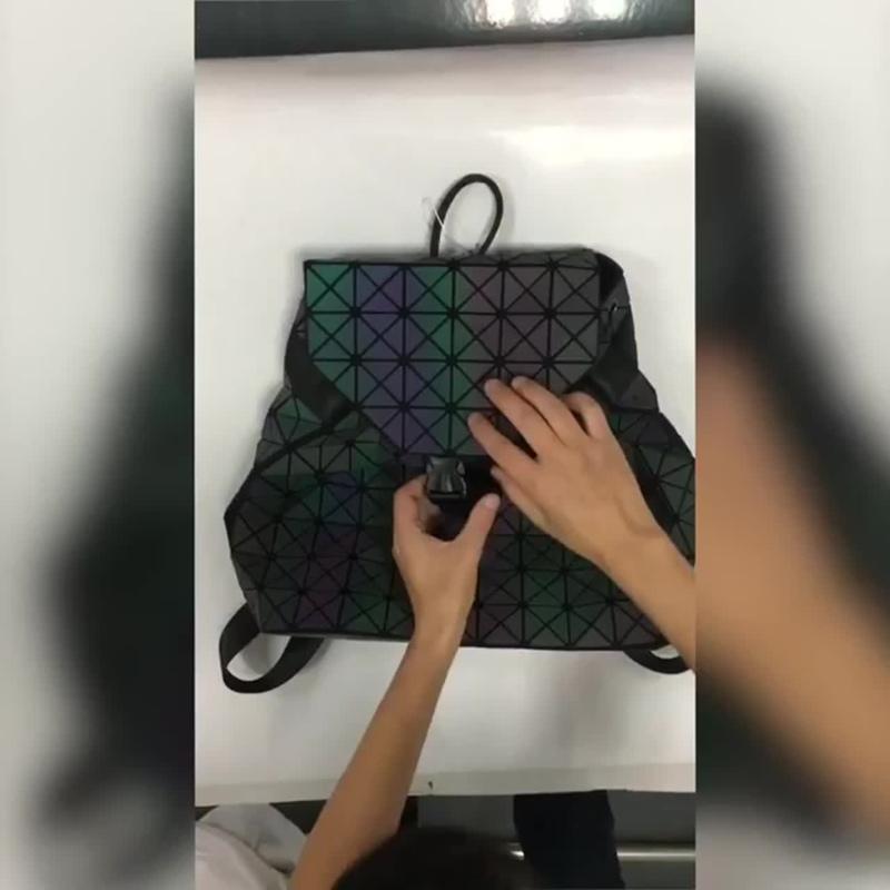 Удивительный светящийся рюкзак WOW NEON!