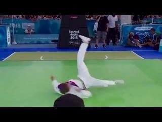 Первое в истории олимпийское золото в брейк-дансе у россиянина (VHS Video)