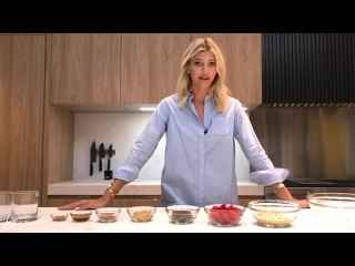 What I Eat in a Day_ Breakfast Edition _ Devon Windsor _ Overnight Oats