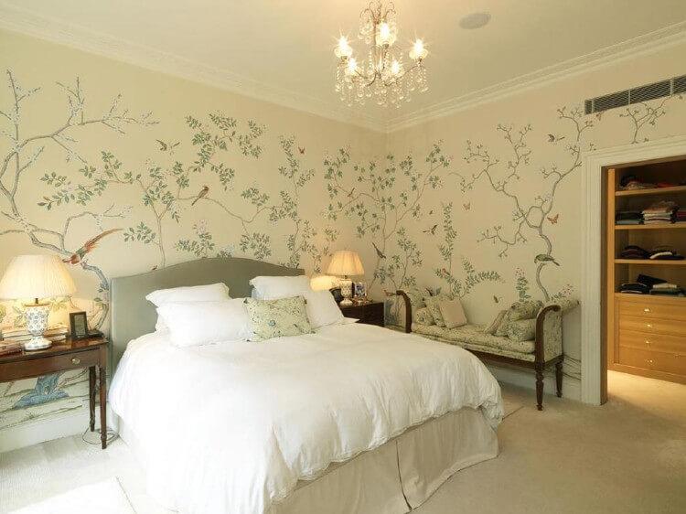 О выборе материалов для отделки стен в спальне, изображение №2