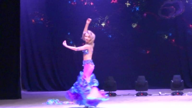 Виолетта Русинович на отчётном концерте школы танца Несаим 26 01 2020