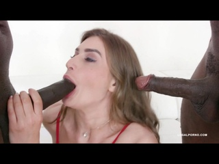 Sarah Sultry is back to get fucked by black bulls IV427 on Sineplexnet