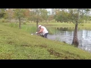 🐊 Житель Флориды показал, кто тут главный, и голыми руками вытащил собаку из пасти крокодила