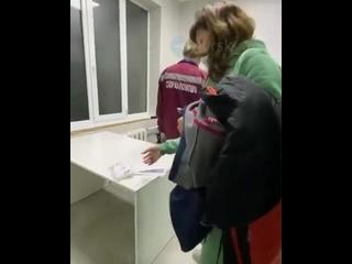 Кубанский Минздрав проверит информацию об оставленном в подъезде пациенте с коронавирусом