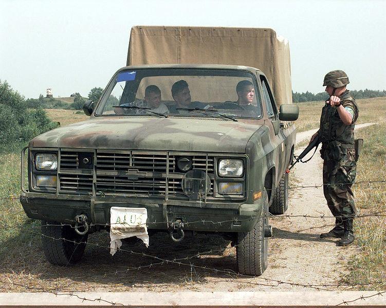 Автомобиль M1008 CUCV