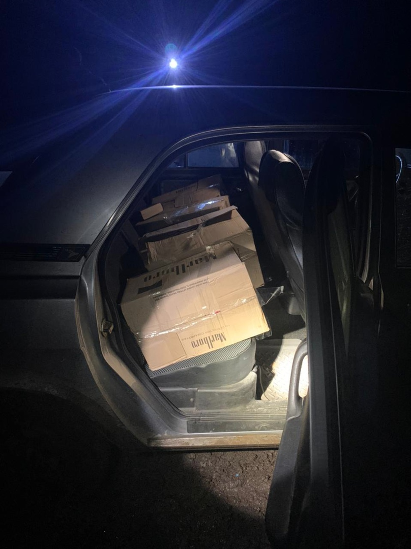 Контрабандные сигареты обернулись украинскому контрабандисту потерей автомобиля, товара и штрафом в 300 000 рублей