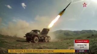 Шквал огня, зной и сложные ландшафты: яркие кадры учений артиллеристов в Армении