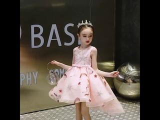 Летнее розовое платье для девочек вечернее принцессы свадебное с цветами