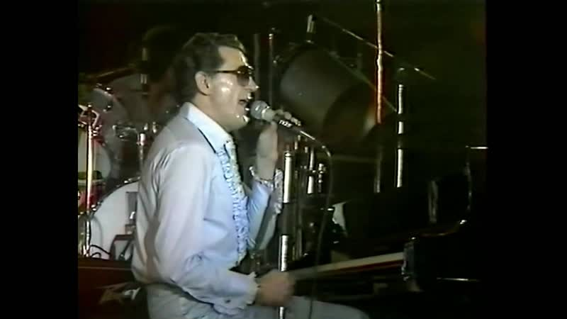 Jerry Lee Lewis with Carl Perkins (At its best)Live From Paris France Hippodrome)