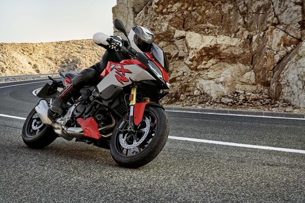Более детальная статистика спада продаж BMW Motorrad в 2020