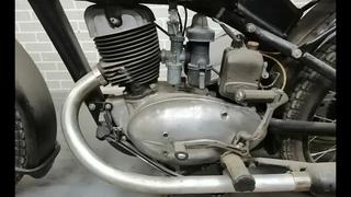 Иж 49 - полная реставрация впереди, а сейчас разбираем мотоцикл полностью.